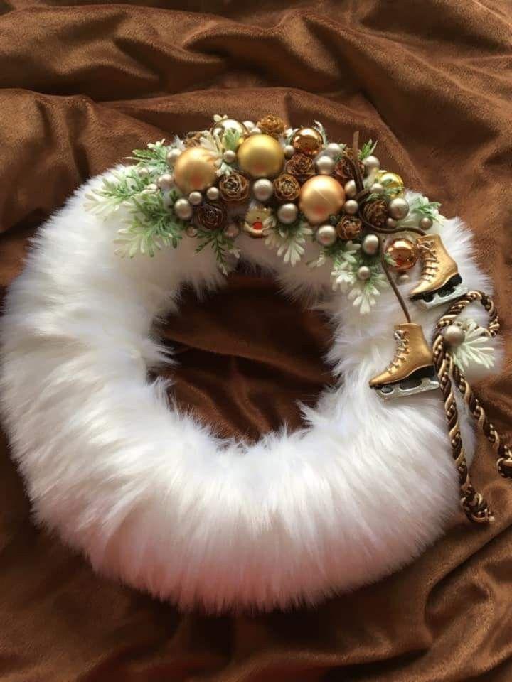 Pin By Dorota Wosik On Teli Unnepek Christmas Wreaths Christmas Decorations Candle Wreath Centerpiece
