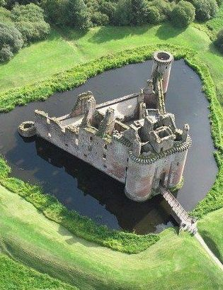 Caerlaverock Castle, Scotland * Moated triangular castle built in the 13th century, sits on the southern coast of Scotland and built to control trade in early times. For 400 years the castle was besieged, abandoned, demolished and reconstructed, but always maintained its distinctive triangular shape. In 1640 the castle was besieged for the last time and today is in the care of Historic Scotland and a popular tourist attraction.