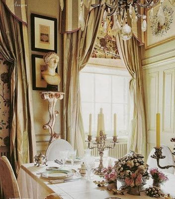 Paolo Moschino's London dining room.: Dining Rooms, Interior Design, Decor, Dining Table, Designer, Diningroom, Window Treatments, Paul Moschino, Homes
