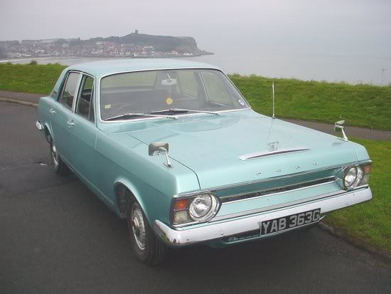 1969 Ford Zephye Mk IV. This was the Zephyr 4. The 6 had a full radiator grille