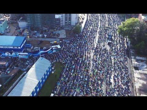 Мусульмане отмечают Ураза Байрам в Москве - 2015 - YouTube