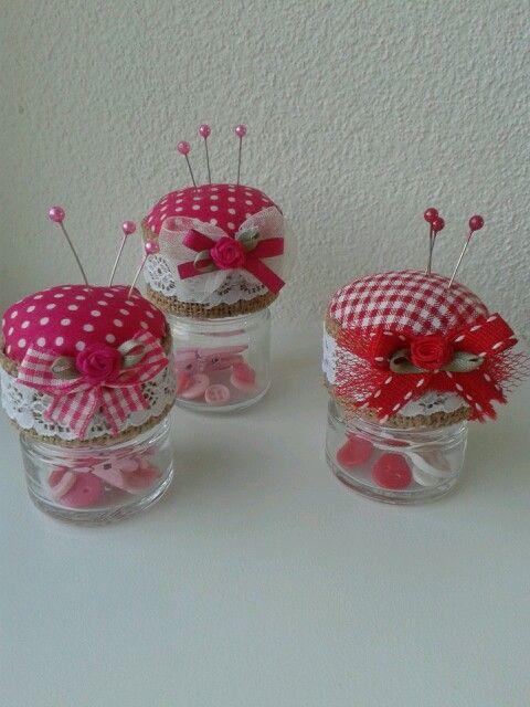 Mini speldenkussen maken van kleine glazen jampotjes mini for Kleine vijverfilter zelf maken