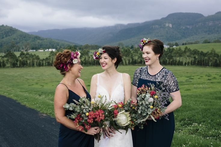 Kangaroo Valley wedding ceremony and reception venue, The Barn on Melross. Native bouquets and flower crowns. Boho bride and bridesmaids.