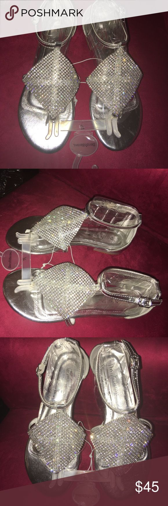 NEW‼️ Diamond Embellished SilverSandals, Size 7.5 Brand new and never worn diamond sandals from David's Bridal. Very fancy! Has tags attached. Always accepting offers! David's Bridal Shoes Sandals