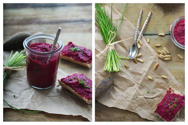 Sund og velsmagende rødbedepesto   se opskriften her: http://samanthafotheringham.dk/roedbedepesto/ #sundhed #sund #madblog #opskrift