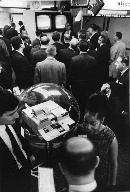 Presentazione del Calcolatore Elettronico Programma 101 a New York nell'Ottobre del 1965 #Olivetti