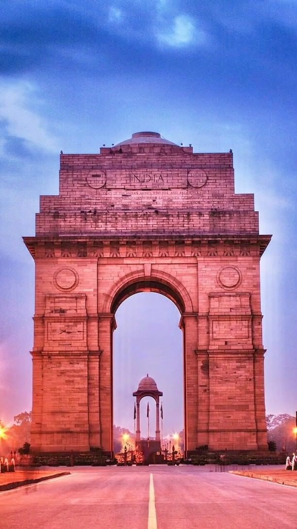 Pictures Beautiful Photos From Around The World Expedia India Gate India Architecture India Photography