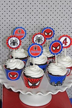 Spiderman Birthday Party cupcake toppers favors spiders #spiderman #amazingspiderman #spidermanbirthday #spidermancupcakes