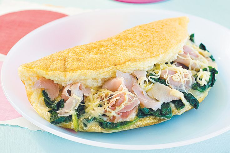 Fluffy omelette with ham, spinach and Swiss cheese ...