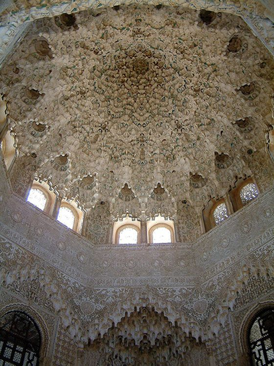 THE ALHAMBRA GRANADA    1300'S / ARCHED / ARCHITECTURE / CARVED / INTRICATE / ISLAMIC / ORNATE