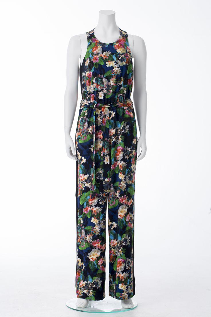 Floral jumpsuit, KAREN MILLEN, $425 * Combinaison fleurie, KAREN MILLEN, 425$