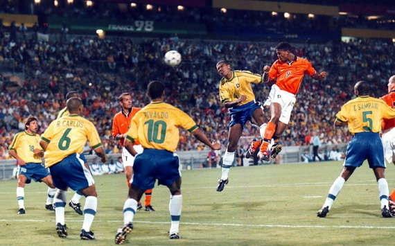 Patrick Kluivert World Cup 98. Holland Brasil 1-1 88'