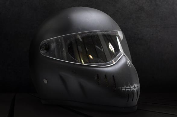 [TGWTDT] Lisbeths Helmet for a Vespa Owner