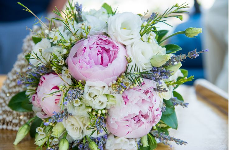 Rustic pink and white bouquet for Sarah by Gourioti Flowers for Lefkas Weddings. Peony Lisianthus