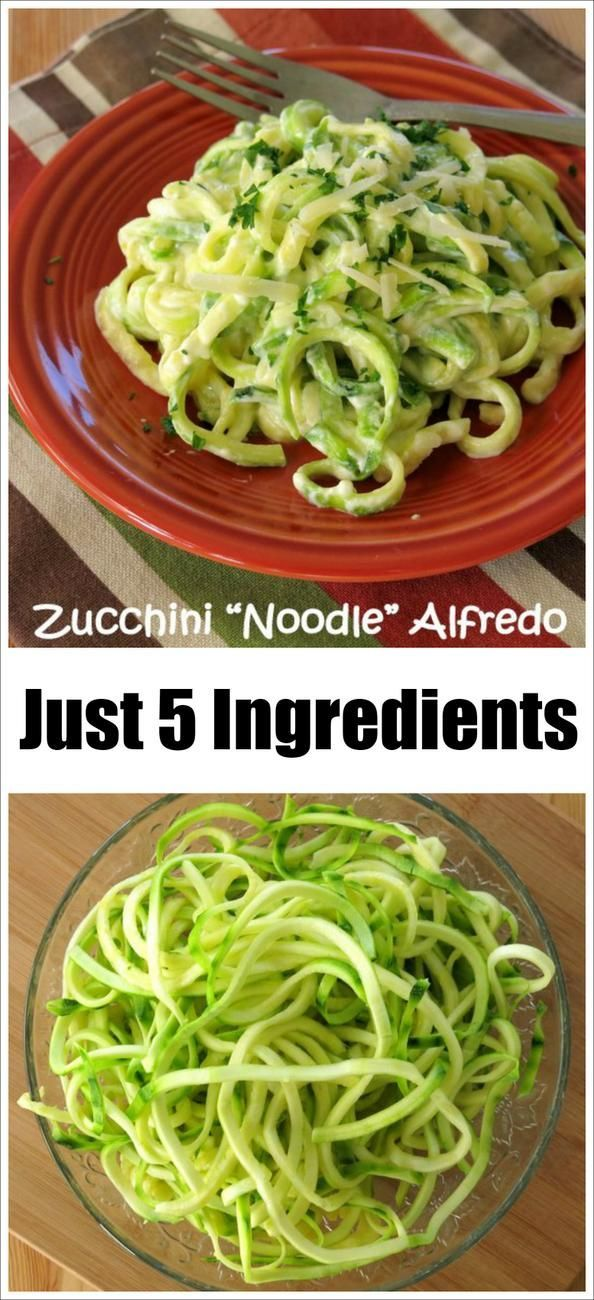 Zucchini Noodle Alfredo - Just 5 Ingredients and it's low-carb, gluten-free, easy to make and very, very tasty!