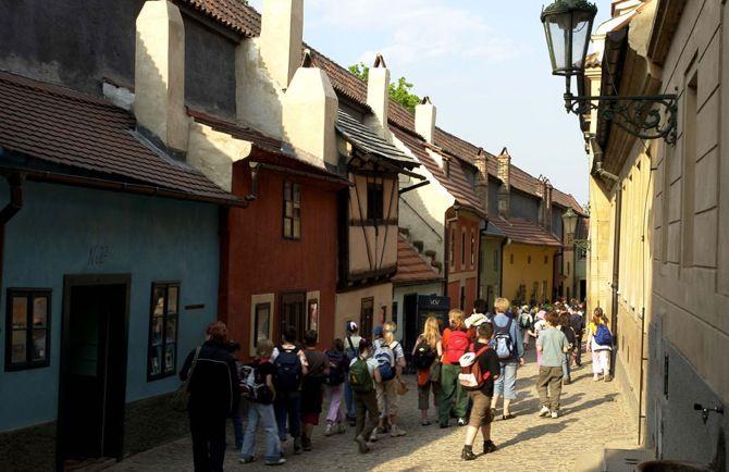 Repubblica Ceca. Praga per bambini: il castello, le marionette, lo zoo… http://www.familygo.eu/viaggiare_con_i_bambini/repubblica-ceca/praga/praga-per-bambini.html