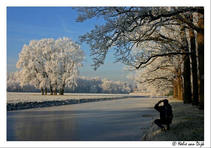 Niet de enige fotograaf....bij kasteel Duivenvoorde. The Netherlands