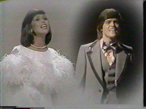 Donny & Marie  Osmond Umbrella song (new)