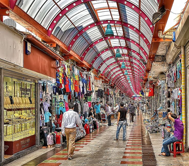 The large indoor Market in Marmaris near the marina. I love wandering round in here, the cafe outside has THE best fresh lemonade I have ever had!