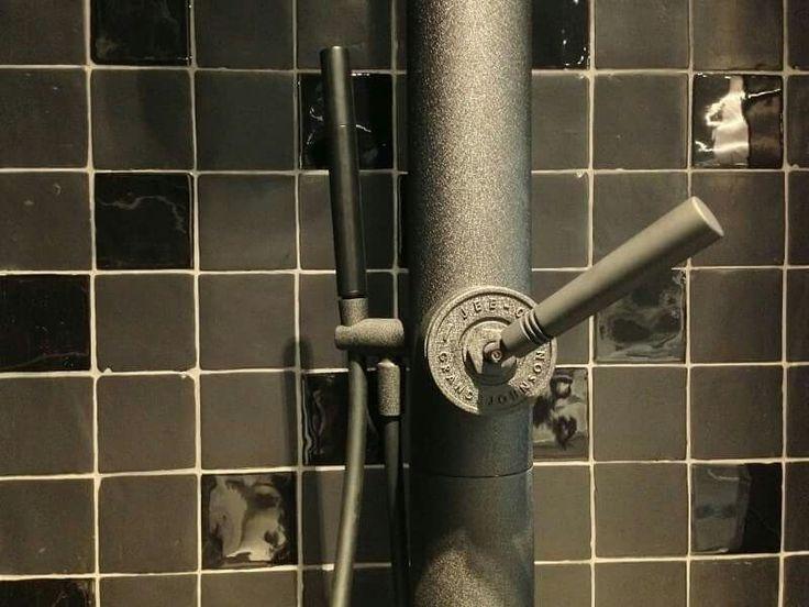 54 best images about wandtegels handgevormde tegels on for Matte tegels
