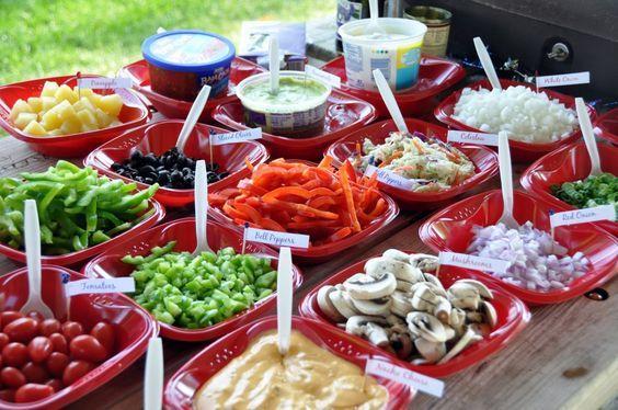 hot dog buffet / bar   http://blog.cloverdalefoods.com/wp-content/uploads/2012/06/Toppings2-1024x680.jpg