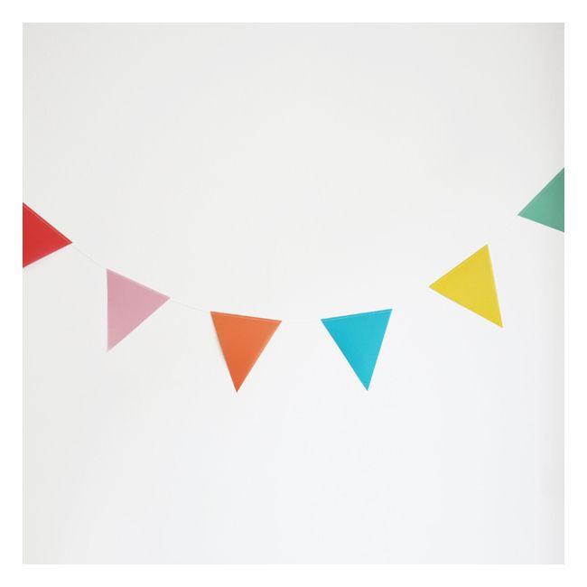 Party Garland - Multi Colored Vellum c'est un peu cher pour ce que c'est cela dit !