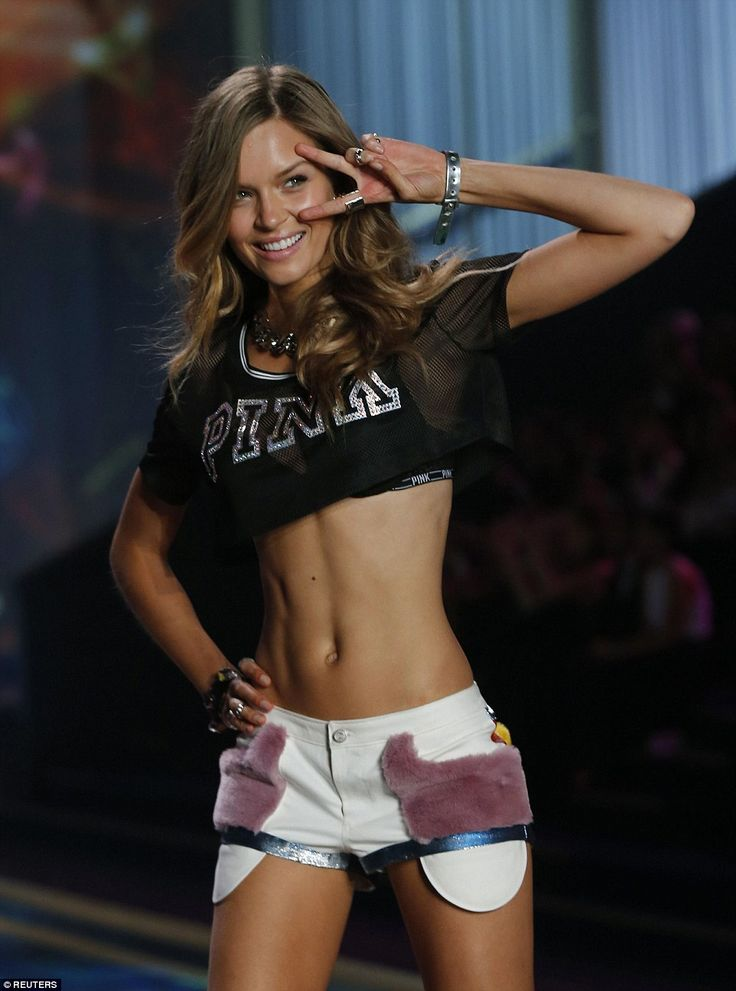 Short shorts: A model wore tiny denim shorts and a high-cropped top, revealing her svelte and shapely midriff