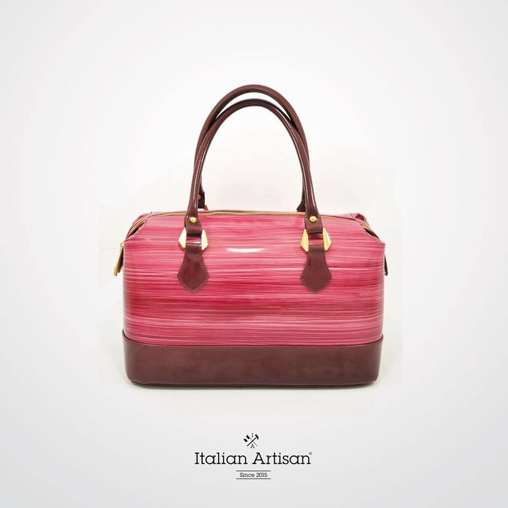 Flawlessly handpainted #bag in ox skin to add value to your retail collection !  Look for other #madeinitaly excellences at www.italian-artisan.com  #handmade #womanstyle #news #artisan #colorful #art #luxury #italy #style #cool #leather #excellence #lux #privatelabel #retailer #designer #SS16 #fashion #b2b #best #exclusive #buyer #buyerchoice #dapper #look #madeeasy #italianartisan