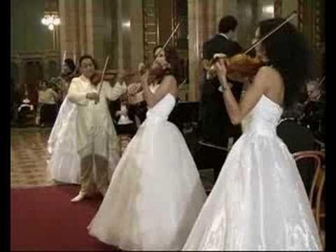 Brahms: V. Magyar Tánc - YouTube