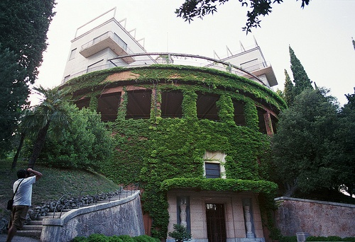 19 best images about il girasole on pinterest villas nautical and the sun - Rotating homes follow sun ...