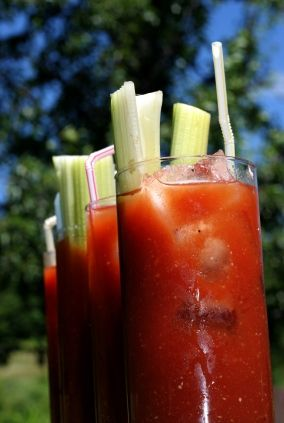 Homemade Tomato Juice and a tasty Bloody Mary Recipe
