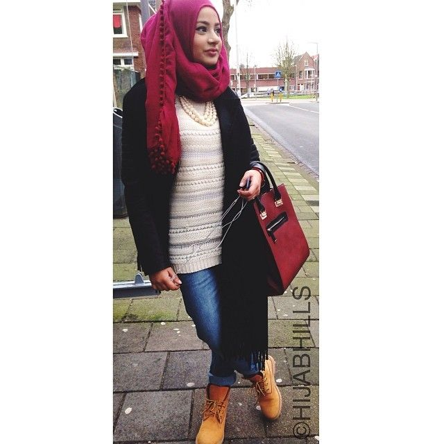 OOTD! Had an amazing interview with @hoda_magazine  | HijabHills