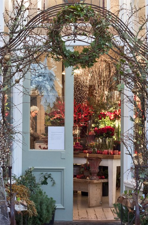 Zita Elze's beautiful florist shop in Kew -December 2012 - via www.flowerona.com