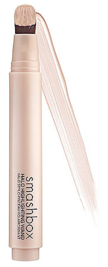 A highlighting wand that provides an instantly radiant complexion.