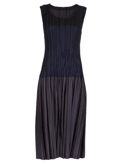 ISSEY MIYAKE Pleated Dress