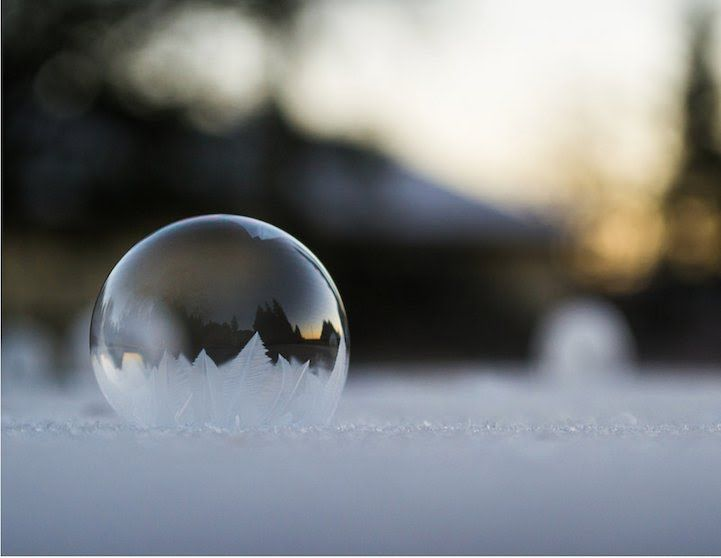 Cultura Inquieta - Burbujas congeladas que parecen elegantes adornos de cristal