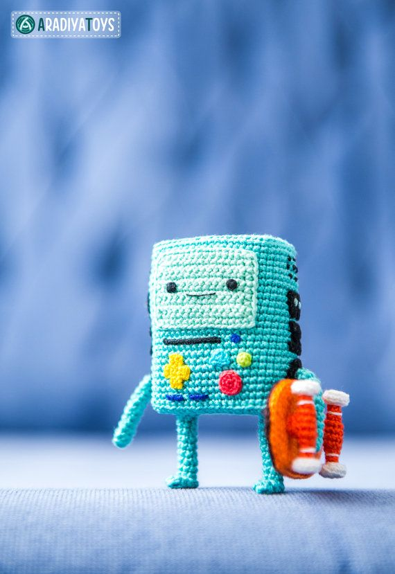 "Crochet Pattern of BMO from ""Adventure Time"" (Amigurumi tutorial PDF file)"