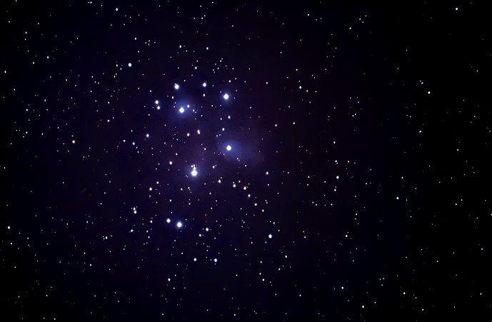 Shoaib Usman BandaySkyWatcher StarAdventurer and AllView 23 uur  ·    Pleiades rising , 0200 hours three days back 19x40 seconds , 10 darks, 10 bias D5200 55-200mm @200 mm f5.6  Star Adventurer DSS PS