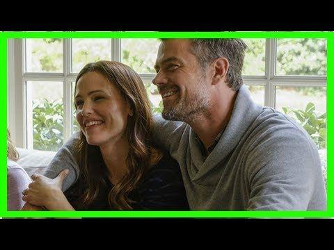 Jennifer Garner and Josh Duhamel have secretly dating in August By Celebrity Daily - YouTube