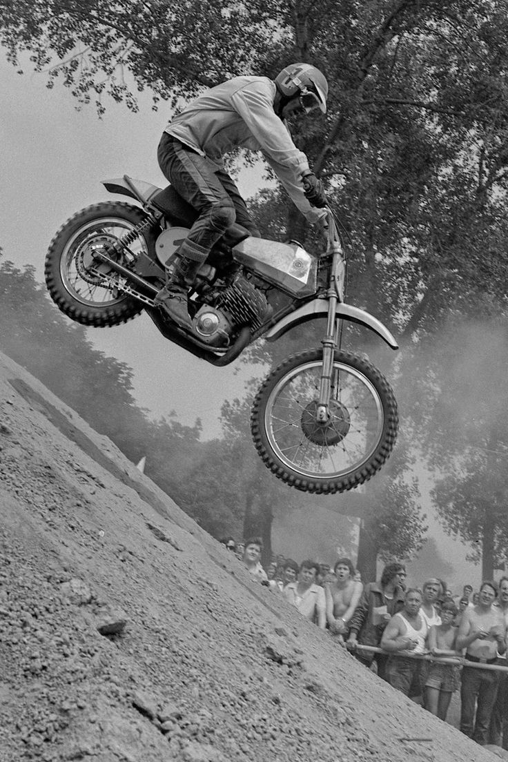 MotArt: Justyn Norek Vintage Motocross Pictures