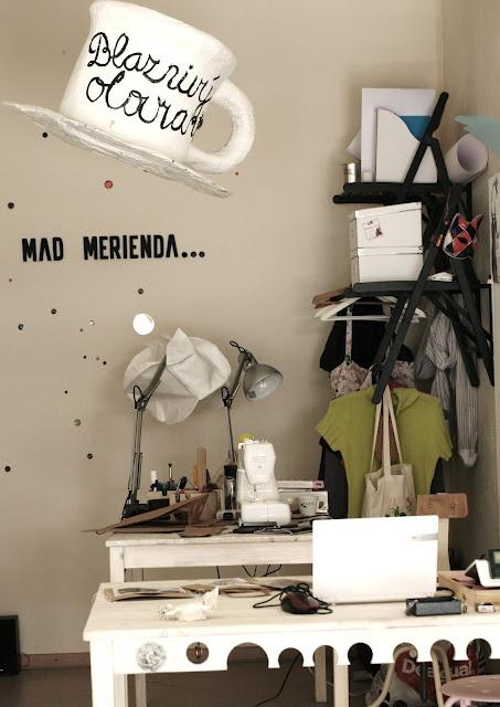 our working studio in the shop MadMerienda_(Blaznivy Olovrant)