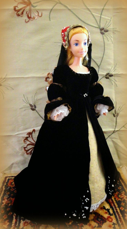 Tudorinaikainen renessanssipuku.