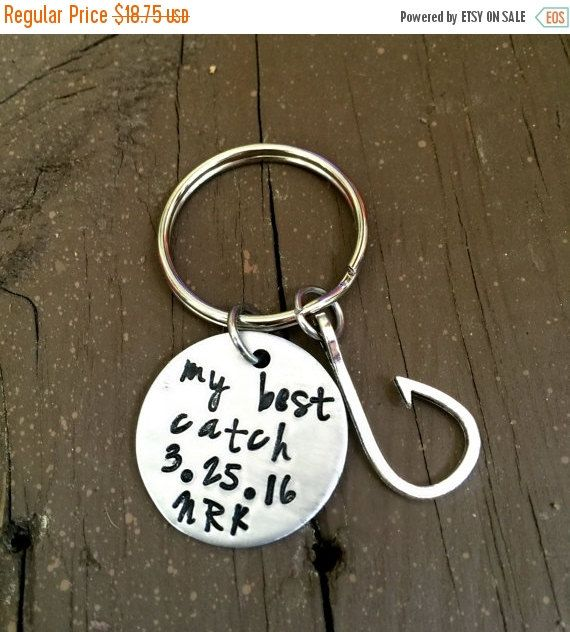 You're my best catch, Fishing Key Chain, Wedding Present, New Daddy, Country Boy Gift, Father's Day Gift, Fisherman , 10th Anniversary Gift #handmade #Epiconetsy #handstamped