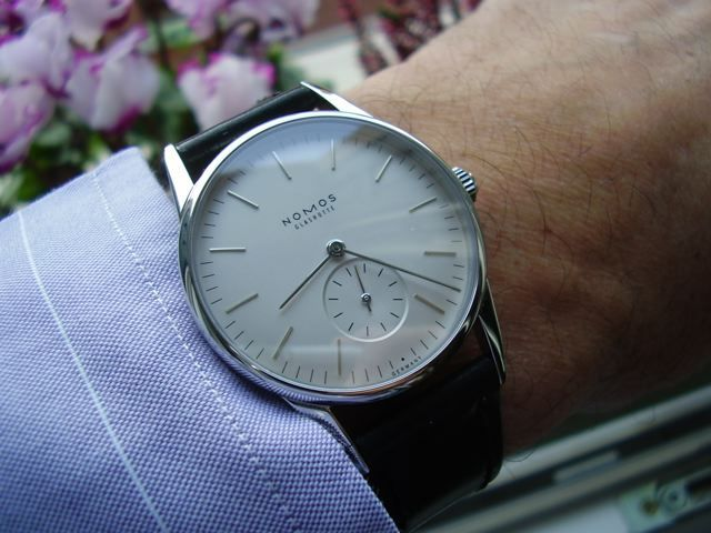 Nomos Orion Fitting