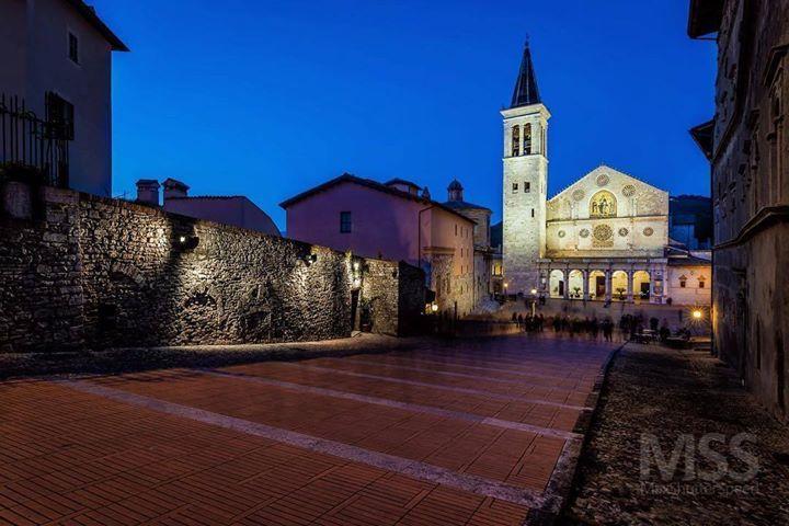 Spoleto #spoleto #umbria #duomo #dom #night #longexposure #ig_italia #igersitalia #ig_umbria #ig_spoleto #italy #volgoumbria #volgoitalia #beautifuldestinations #amazingview #wonderful_places #mss http://ift.tt/2ugANIR