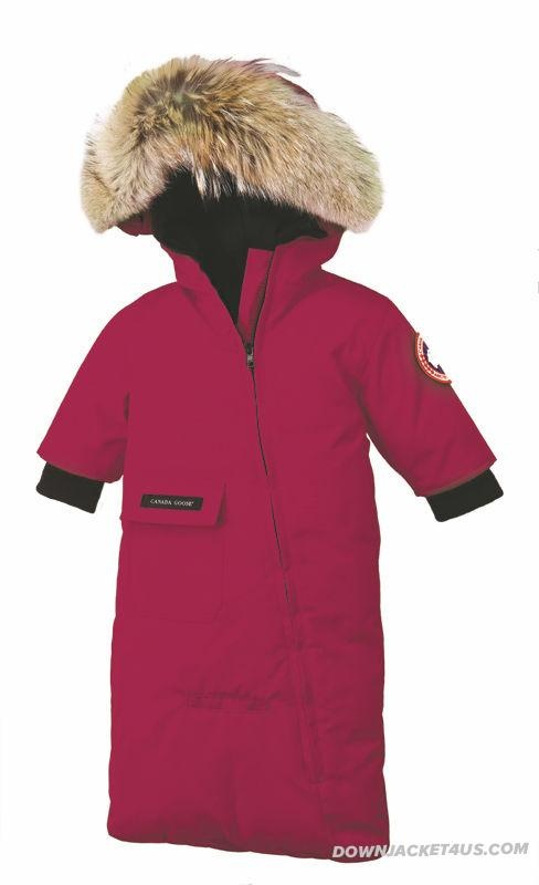 Canada Goose Baby Snow Bunting Berry - ABSOLUT MUST HAVE THIS ITEM <3