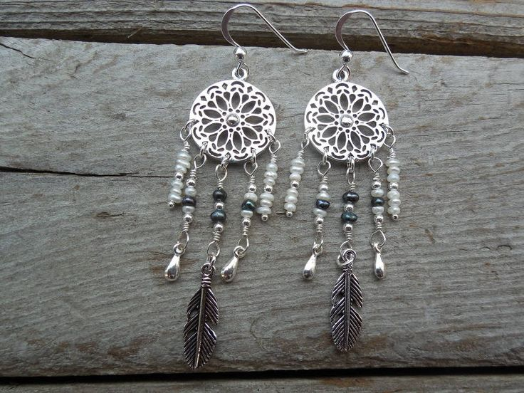Dream catcher earrings handmade in sterling silver with white and black fresh water pearls by Billyrebs on Etsy