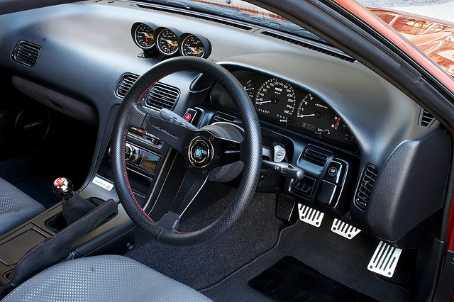 s13 silvia interior nardi steering wheel r34 seats pride of the pacific pinterest. Black Bedroom Furniture Sets. Home Design Ideas