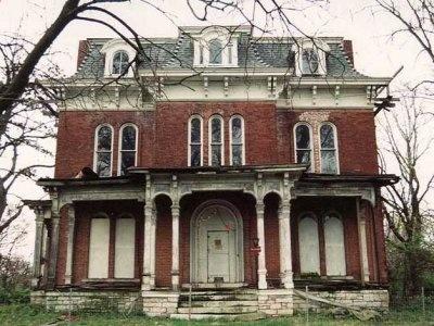 Google Image Result for http://static1.businessinsider.com/image/507c6e7d69bedd2e5b000018-400-/mcpike-mansion-illinois-haunted.jpg
