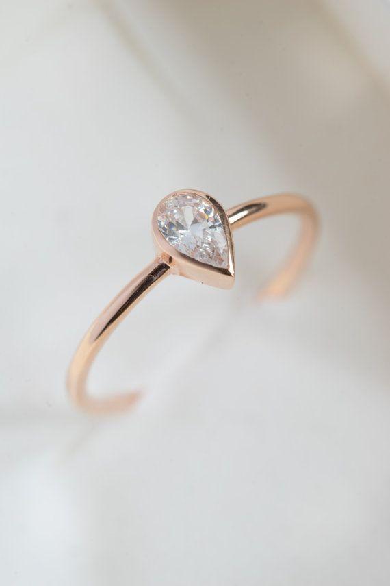 ~ 14K Rose Gold Ring! Deze solide gouden ring is zo elegant en speciale verlovingsring.  ~ Dit 14k rose gold ring is ook beschikbaar in 14 k solid